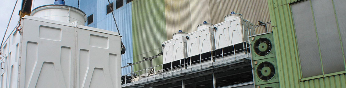 Positionierung eines Standardkühlturms in einer Reihe von Kühltürmen